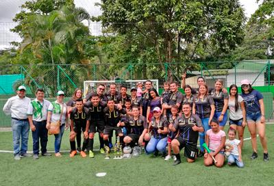 Torneo de Microfútbol Sintético Fin de Año Comfenalco Tolima entregó premiación por más de seis millones de pesos